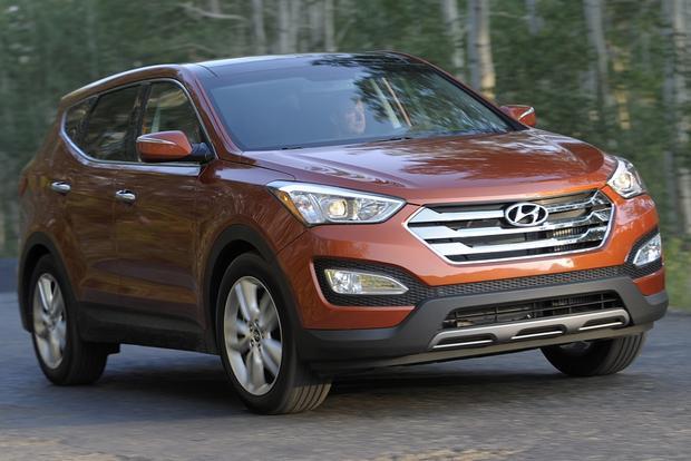 2013 Hyundai Santa Fe - Image Gallery featured image large thumb3