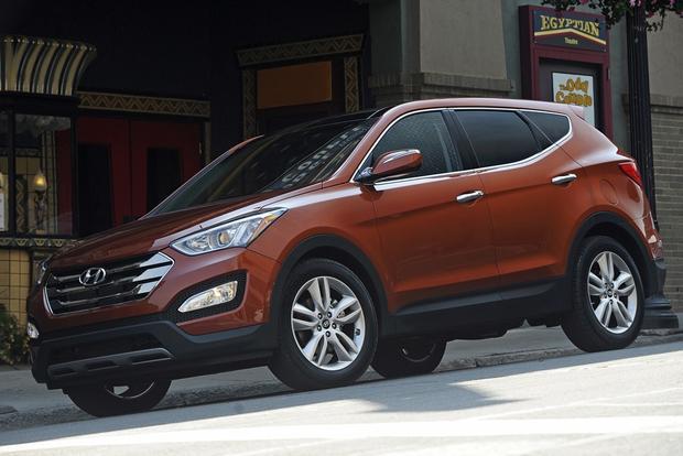 2013 Hyundai Santa Fe - Image Gallery featured image large thumb4