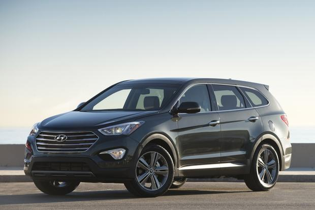 2013 Hyundai Santa Fe: New vs. Old featured image large thumb2