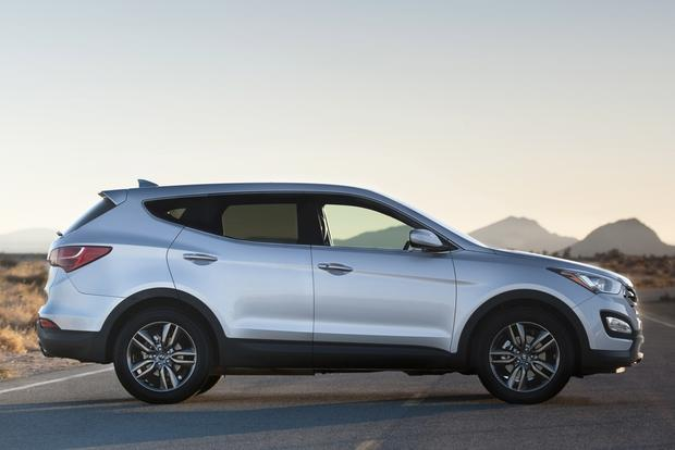 2013 Hyundai Santa Fe: New vs. Old featured image large thumb4