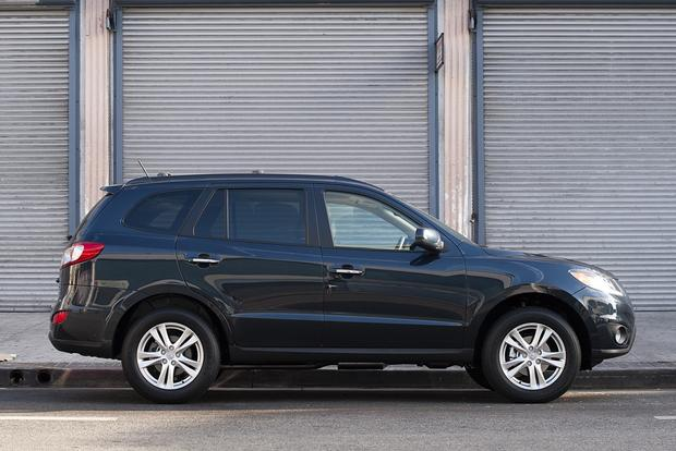 2013 Hyundai Santa Fe: New vs. Old featured image large thumb5