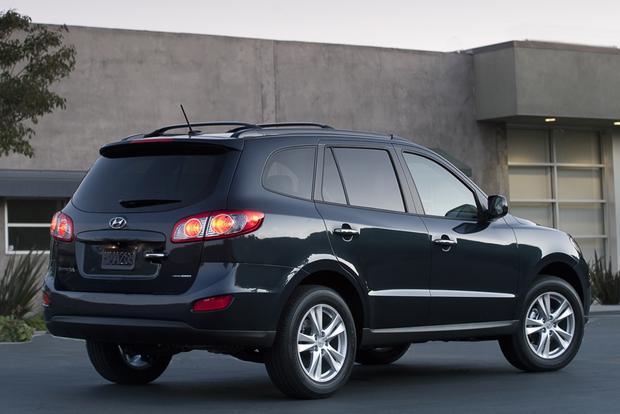 2013 Hyundai Santa Fe: New vs. Old featured image large thumb7