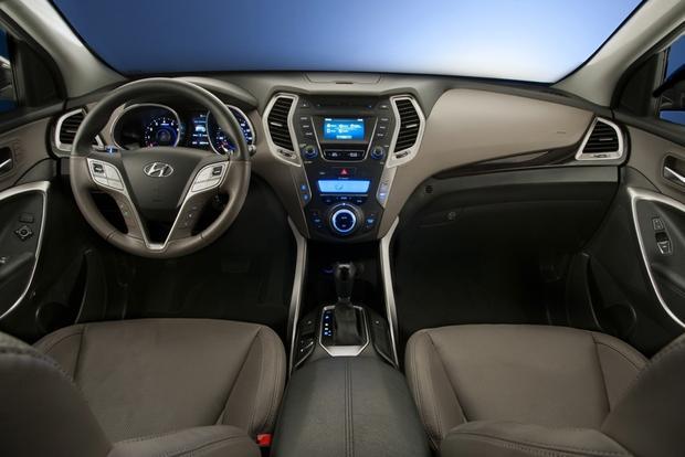 2013 Hyundai Santa Fe: New vs. Old featured image large thumb10