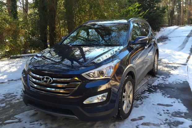 2013 Hyundai Santa Fe Sport: Spending Time in the Snow featured image large thumb2