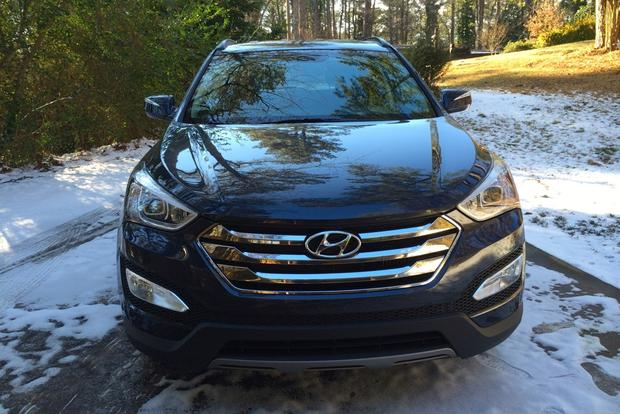 2013 Hyundai Santa Fe Sport: Spending Time in the Snow featured image large thumb3