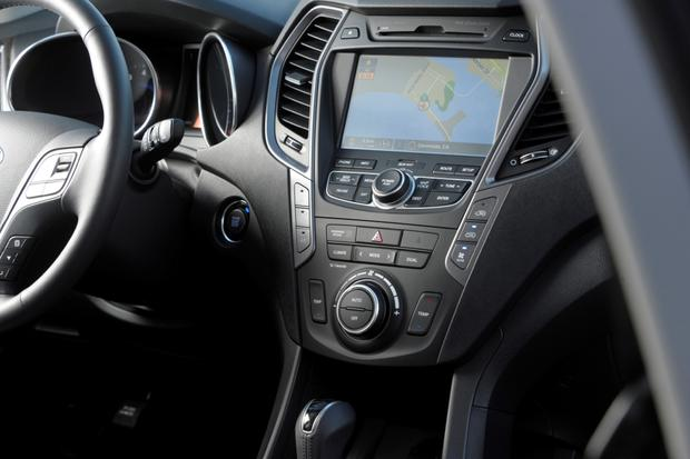 2014 Hyundai Santa Fe: New Car Review featured image large thumb6