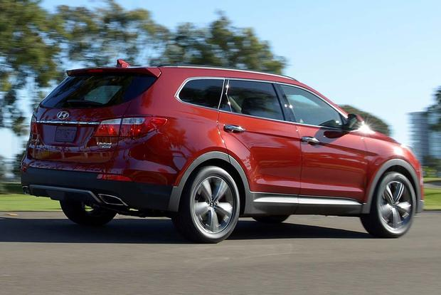 2016 Hyundai Santa Fe: New Car Review featured image large thumb2