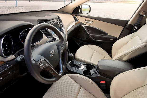2016 Kia Sorento vs. 2016 Hyundai Santa Fe: Which Is Better? featured image large thumb8