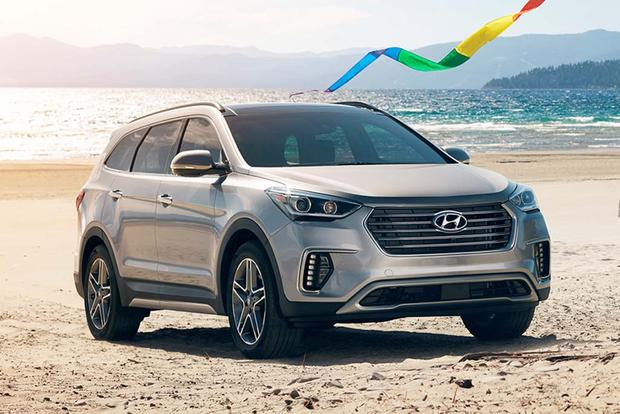 2018 Hyundai Santa Fe: New Car Review featured image large thumb1