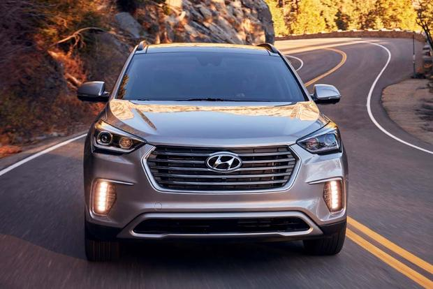 2018 Hyundai Santa Fe: New Car Review featured image large thumb0