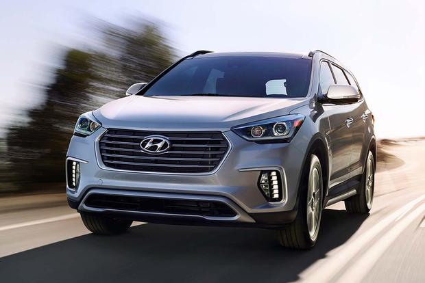 2018 Hyundai Santa Fe: New Car Review featured image large thumb2