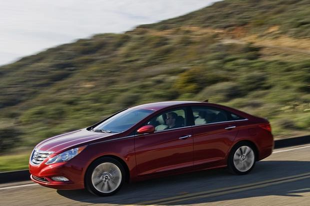 2011-2013 Hyundai Sonata: Used Car Review featured image large thumb1