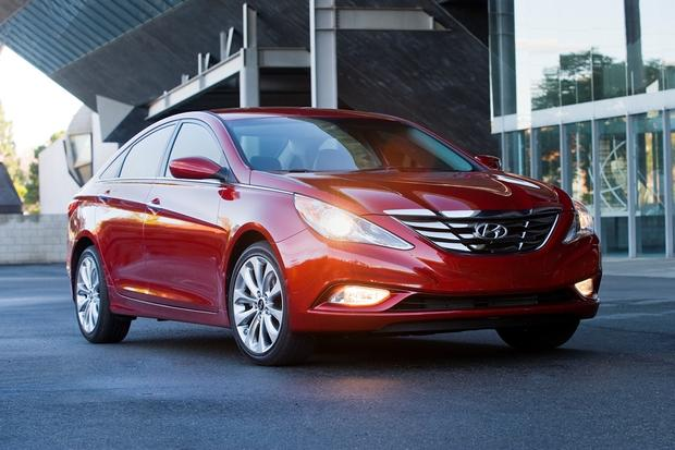 2013 Hyundai Sonata: New Car Review featured image large thumb1