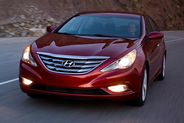 2013 hyundai sonata new car review autotrader. Black Bedroom Furniture Sets. Home Design Ideas