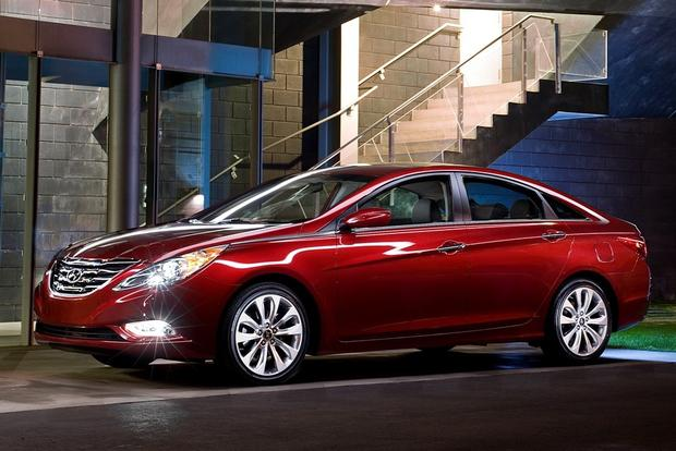 2012 Hyundai Sonata: New Car Review featured image large thumb10