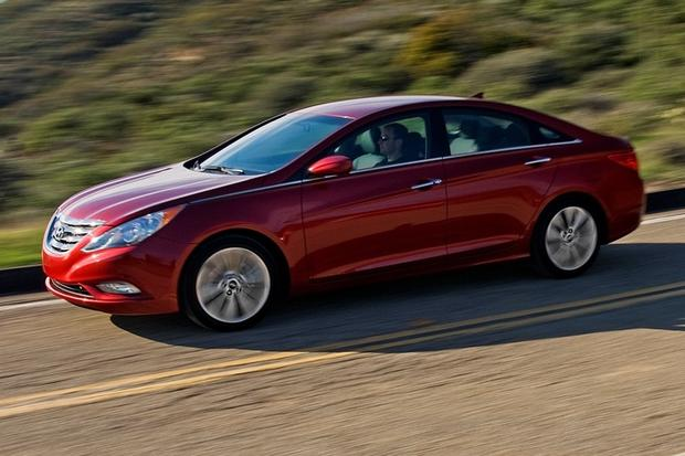 2012 Hyundai Sonata: New Car Review featured image large thumb11