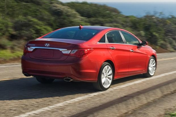2012 Hyundai Sonata: New Car Review featured image large thumb12