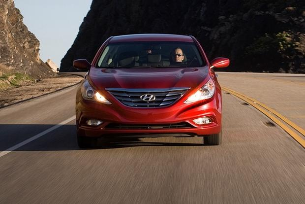 2012 Hyundai Sonata: New Car Review featured image large thumb13