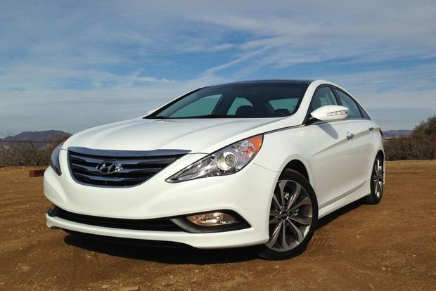 2014 hyundai sonata limited 2 0t real world review autotrader. Black Bedroom Furniture Sets. Home Design Ideas