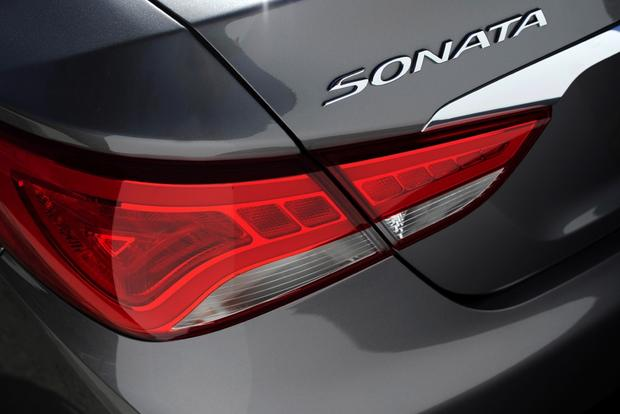 2014 Hyundai Sonata: New Car Review featured image large thumb4