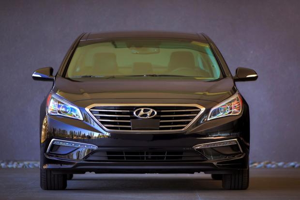 2015 hyundai sonata new car review autotrader. Black Bedroom Furniture Sets. Home Design Ideas