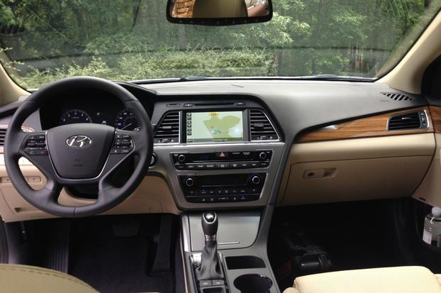 2015 Hyundai Sonata: First Drive Review featured image large thumb3