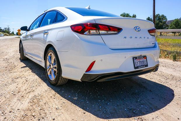2018 Hyundai Sonata: First Drive Review featured image large thumb7