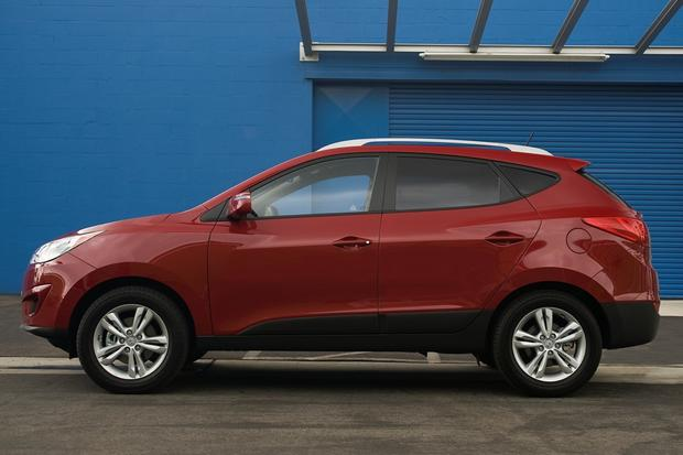 2012 Hyundai Tucson: New Car Review Featured Image Large Thumb3