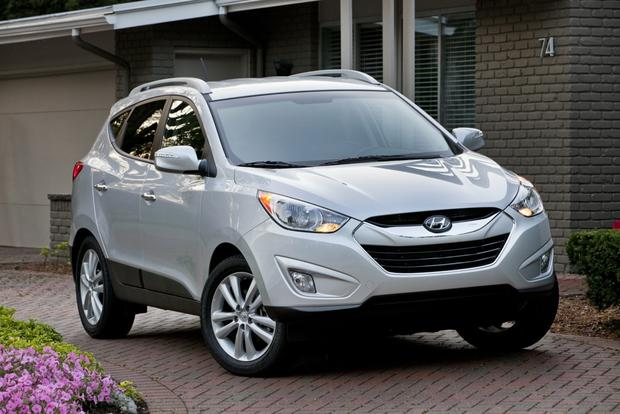 Tucson Used Cars >> 2013 Hyundai Tucson Used Car Review Autotrader