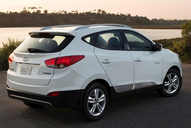 Hyundai Tucson Fuel Cell: Santa Monica AltCar Expo featured image large thumb1
