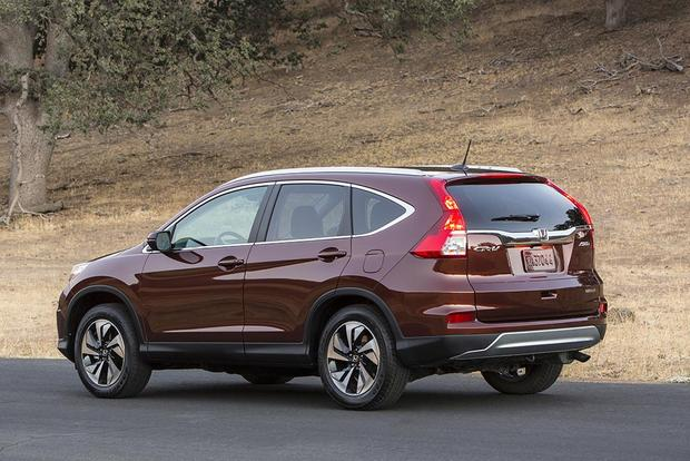 2016 Hyundai Tucson vs. 2015 Honda CR-V: Which is Better? featured image large thumb3