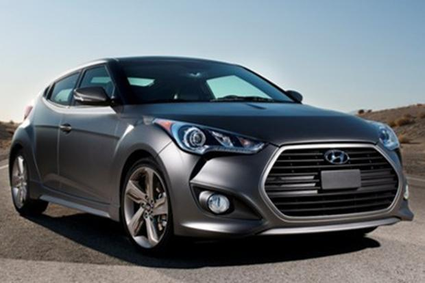 2015 Hyundai Veloster: New Car Review featured image large thumb3