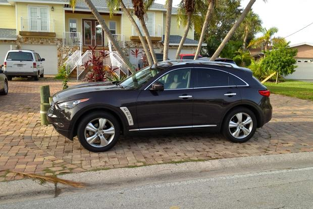 2011 Certified Infiniti FX35: Family of 3 Road Trip featured image large thumb1
