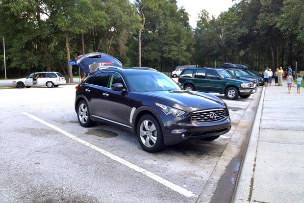 2011 Certified Infiniti FX35: Family of 3 Road Trip featured image large thumb2