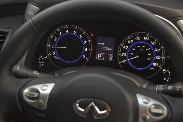2013 Infiniti FX: New Car Review featured image large thumb10