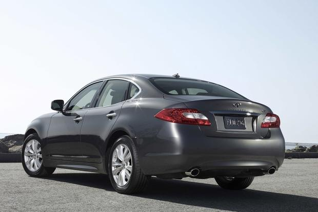 2013 Infiniti M: New Car Review featured image large thumb3