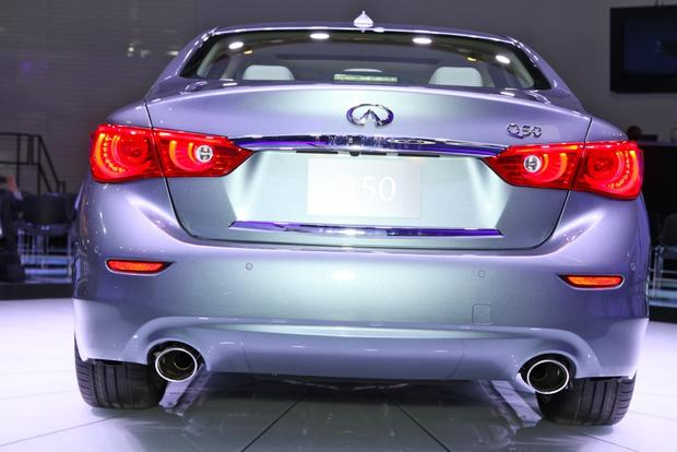 2014 Infiniti Q50: Detroit Auto Show featured image large thumb6