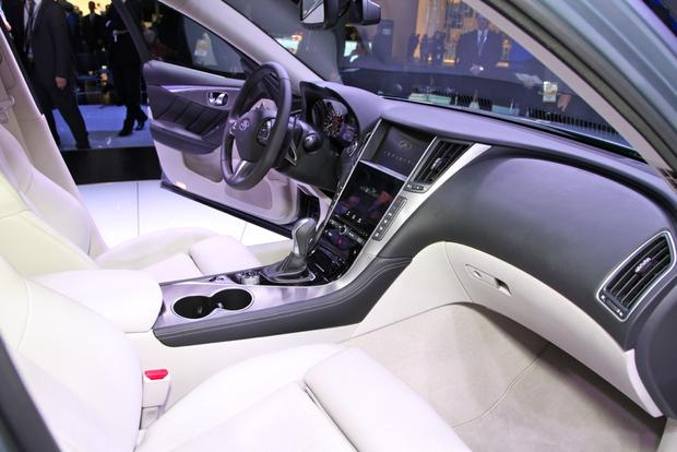 2014 Infiniti Q50: Detroit Auto Show featured image large thumb7