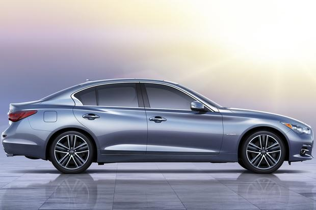2014 Infiniti Q50: New Car Review featured image large thumb1