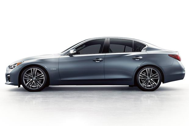 2015 Infiniti Q50: New Car Review featured image large thumb1