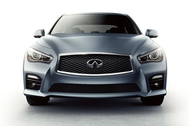 2015 Infiniti Q50: New Car Review featured image large thumb2