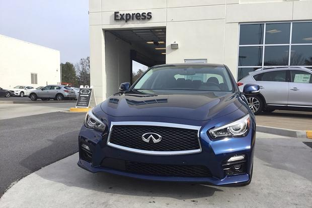 CPO 2017 Infiniti Q50: 10,000-Mile Service featured image large thumb2