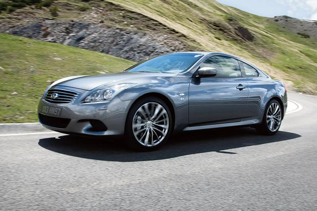 2015 infiniti q60 new car review autotrader. Black Bedroom Furniture Sets. Home Design Ideas