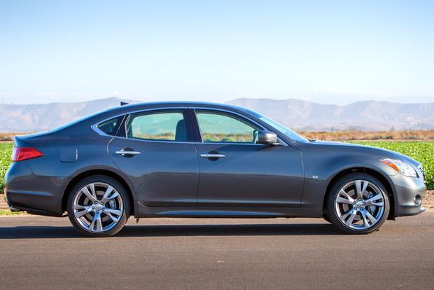 2014 Infiniti Q70: New Car Review