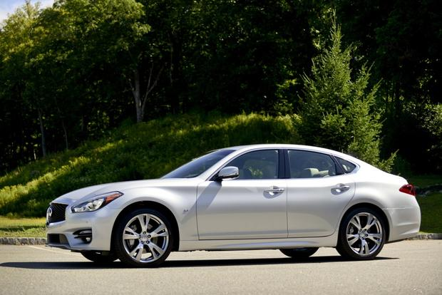 2016 Infiniti Q70: New Car Review featured image large thumb4