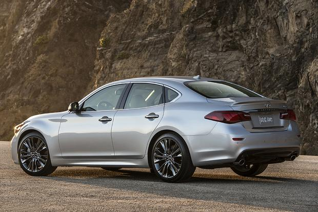 2018 Infiniti Q70 New Car Review Featured Image Large Thumb3