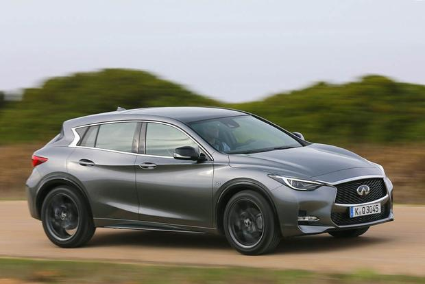 2017 infiniti qx30 sport and qx30 awd first drive review autotrader. Black Bedroom Furniture Sets. Home Design Ideas