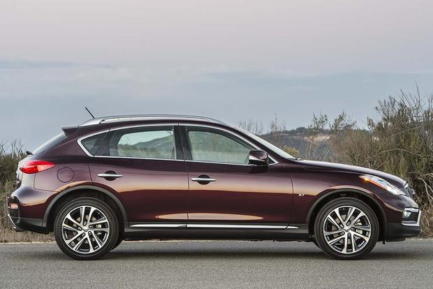 2015 vs. 2016 Infiniti QX50: What's the Difference? featured image large thumb8