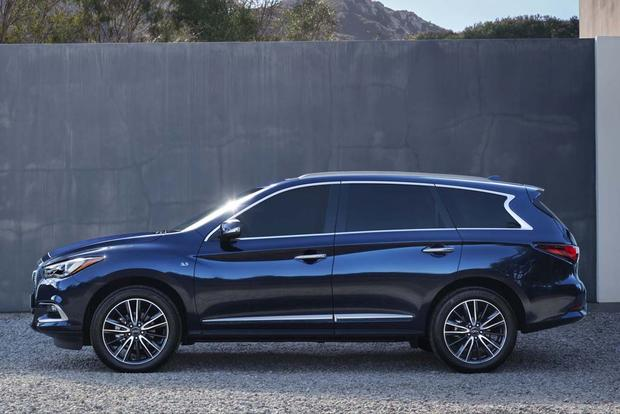 2018 Infiniti QX60: New Car Review featured image large thumb2