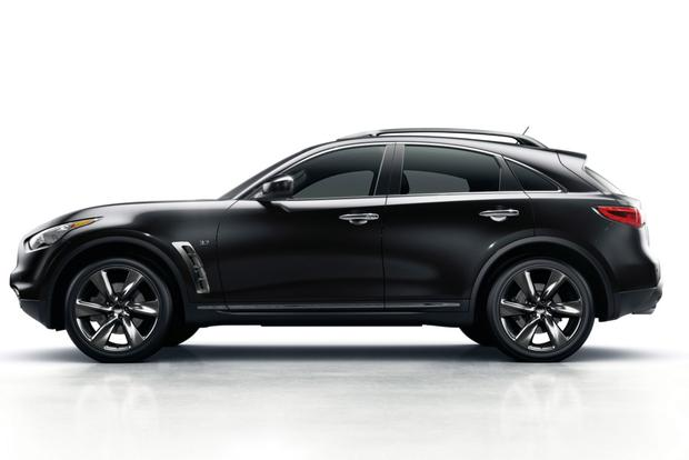 2016 Infiniti QX70: New Car Review featured image large thumb5